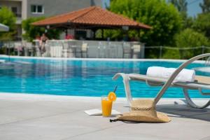 hotel-aethria-pool-13