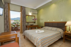 hotel-aethria-room-206-01