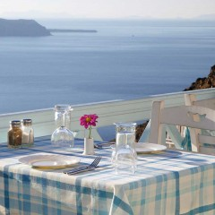 Volcano Blue Restaurant in Fira, Santorini
