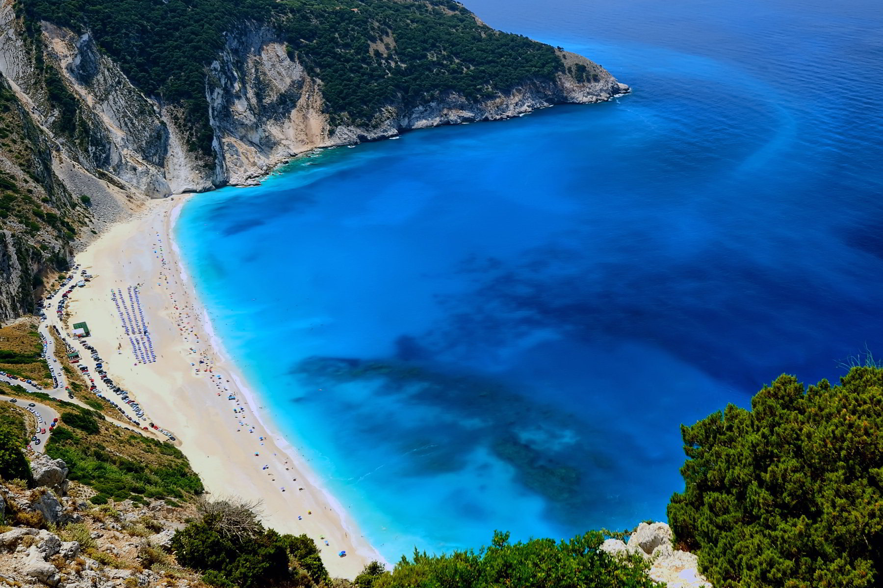 myrtos-beach-of-kefalonia-in-the-ionian-islands