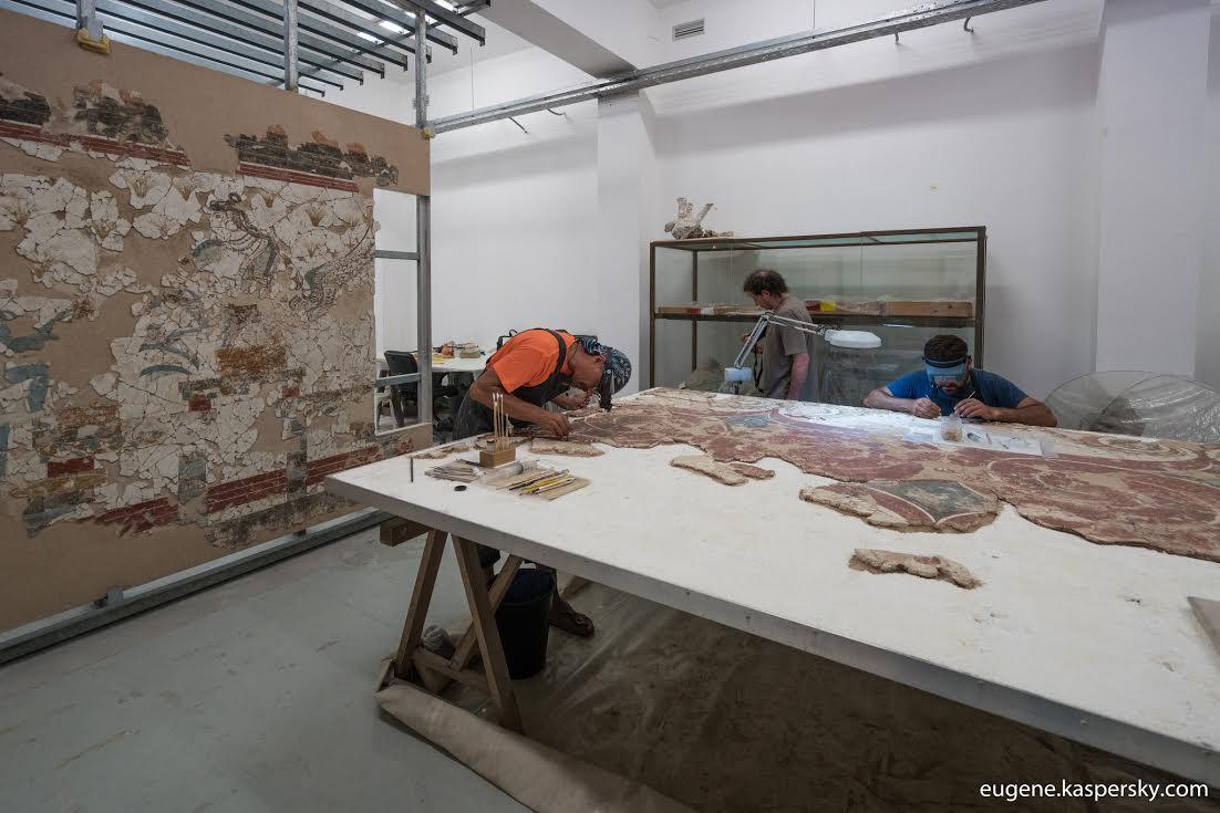 Τμήμα του εργαστηρίου αποκατάστασης των τοιχογραφιών